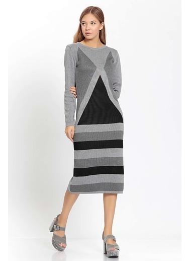 Vitrin Geometrik Desen Triko Elbise Renkli